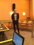 Bo Hansson, då tf ordförande, inleder stämman med ett tal