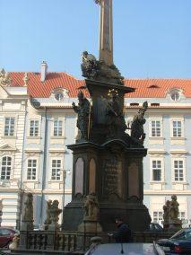 Praga, Malostranské Námestí, Columna de la Santa Trinidad