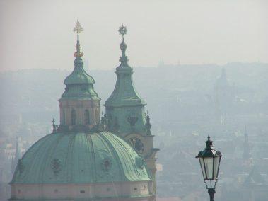 Praga, cúpula de San Nicolás desde el Castillo
