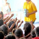 Kids Feeding: Isla Puting Bato
