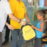 2015-06-SCHOOL BAGS BASECO_CHURCH-040