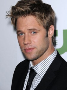 May 7, 2016: Shaun Sipos Joins The Cast Of Dark Matter!