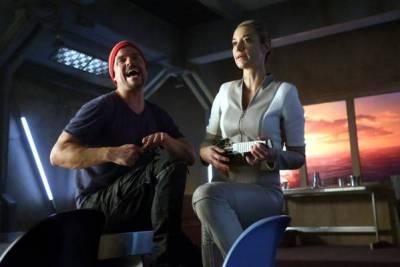 June 20, 2017: Dark Matter Episode 304!  Sci-fi Fun!