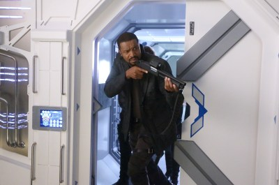 June 5, 2017: Anxious Times!  4 Days To The Dark Matter Season 3 Premiere!