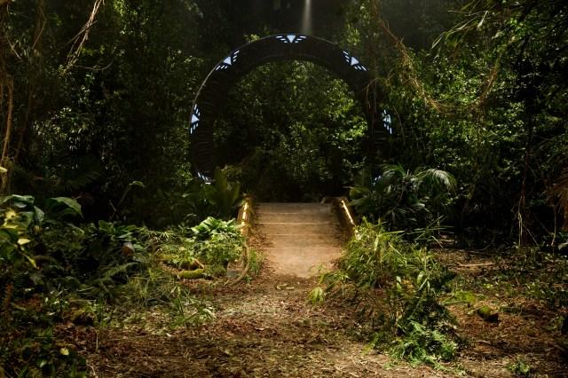 Stargate-universe-37