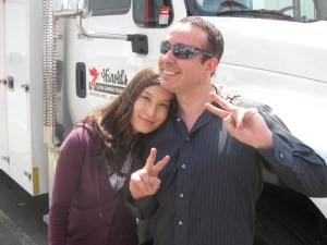 Actress Jennifer Spence (Lisa Park) and fan who was later escorted off the lot.