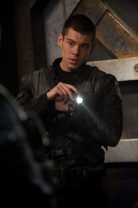 Lieutenant Matthew Scott (Brian J. Smith).