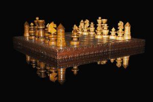 El ajedrez es un juego que representa un desafío intelectual.