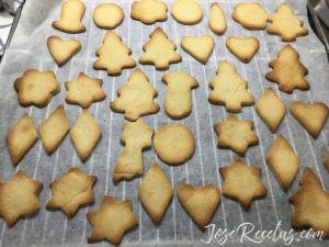 galletas de mantequilla recién sacadas del horno