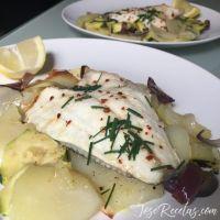 Dorada al horno. Filetes de dorada al horno con patatas y verduras