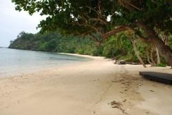 laucala-fiji-villa-beach