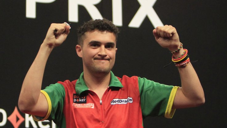 jamie-lewis-world-grand-prix-darts_3360291