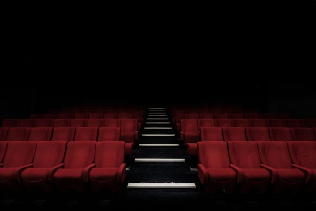 empty-rows-in-theater