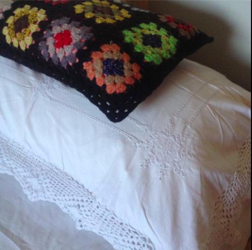 cushions robroom