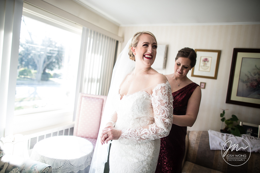 Stephanie and Christopher's wedding at Leonard's Palazzo and Notre Dame R.C Church | Great Neck, New York . Wedding pictures by Josh Wong Photography