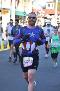 Josh Zeigler running through Hollywood Studios at the 2018 Disney World Marathon