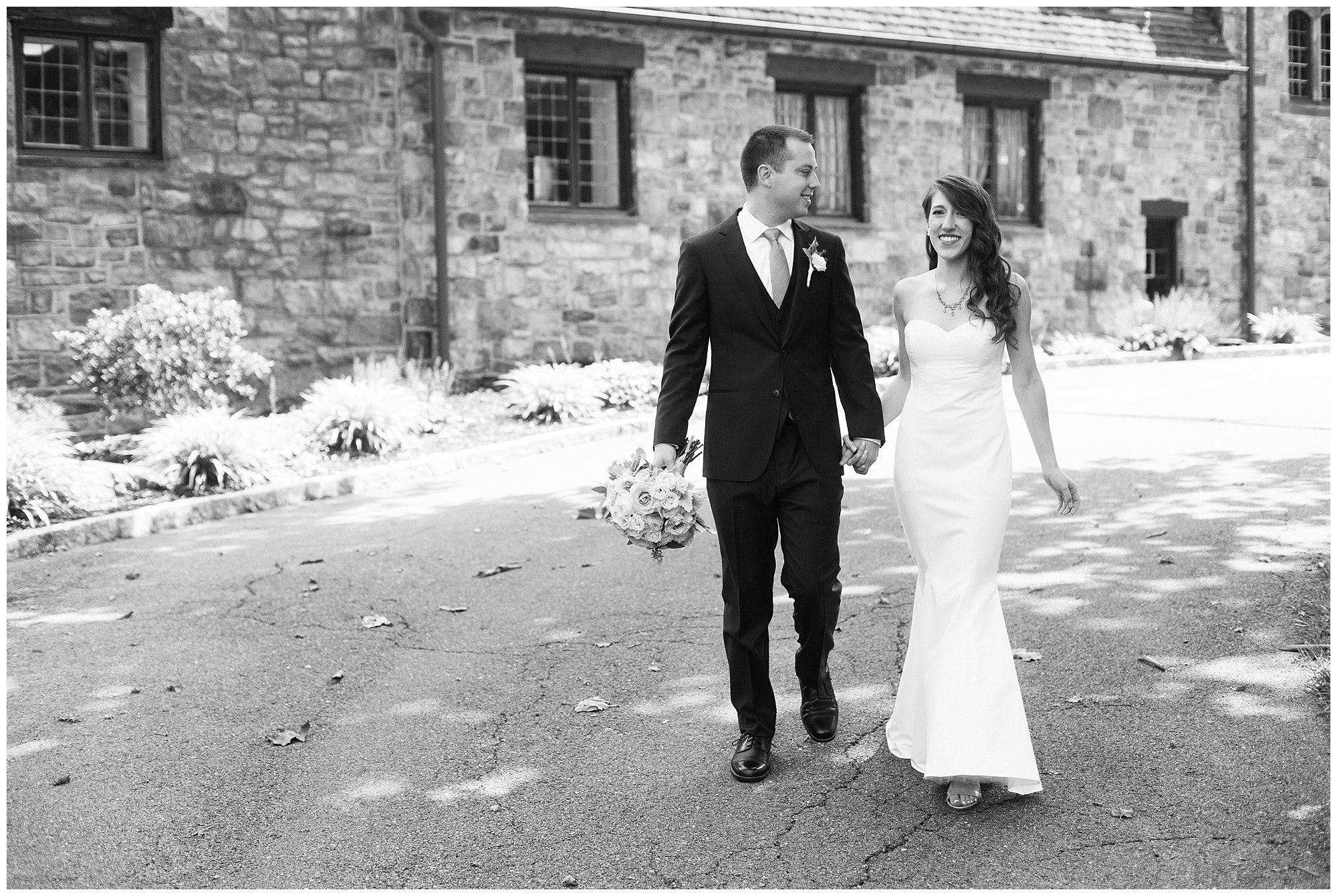 Jon & Sam\'s Grey and Blue Wedding at Stokesay Castle in Reading, PA ...