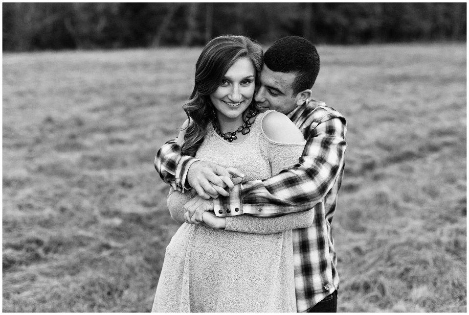 Austin & Nicole's Fall Engagement in Valley Forge National Park_0026.jpg