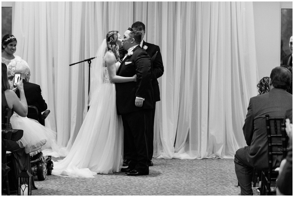 JD & Molly's Rainy Black Tie Wedding at The Warrington in Warrington, Pennsylvania Photos_0039.jpg