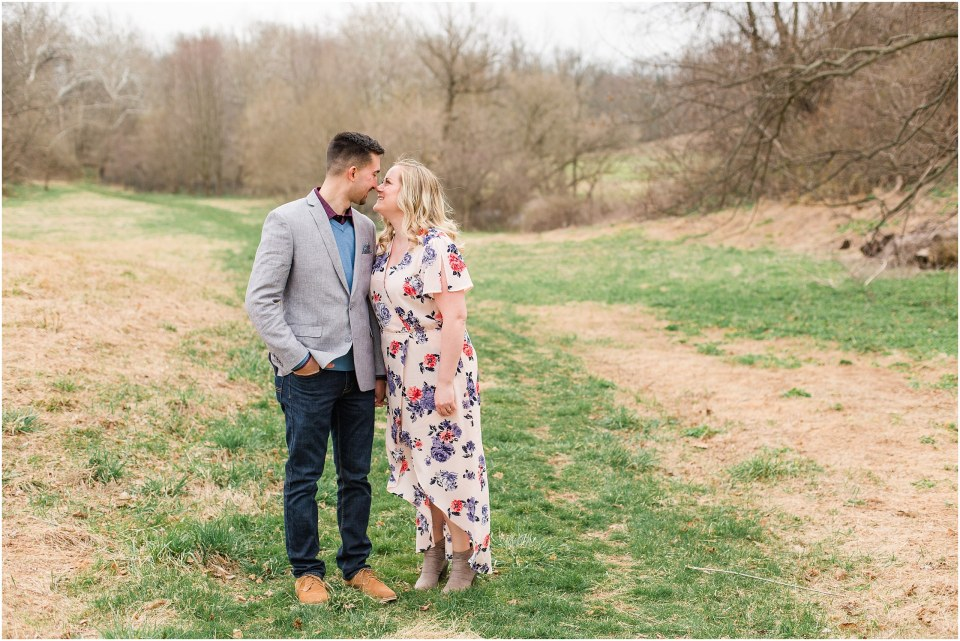 Steve & Casi's Chic Engagement in Valley Forge Park Photos_010.jpg