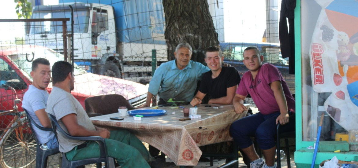 2 tales from Kosovo to restore your faith in humanity