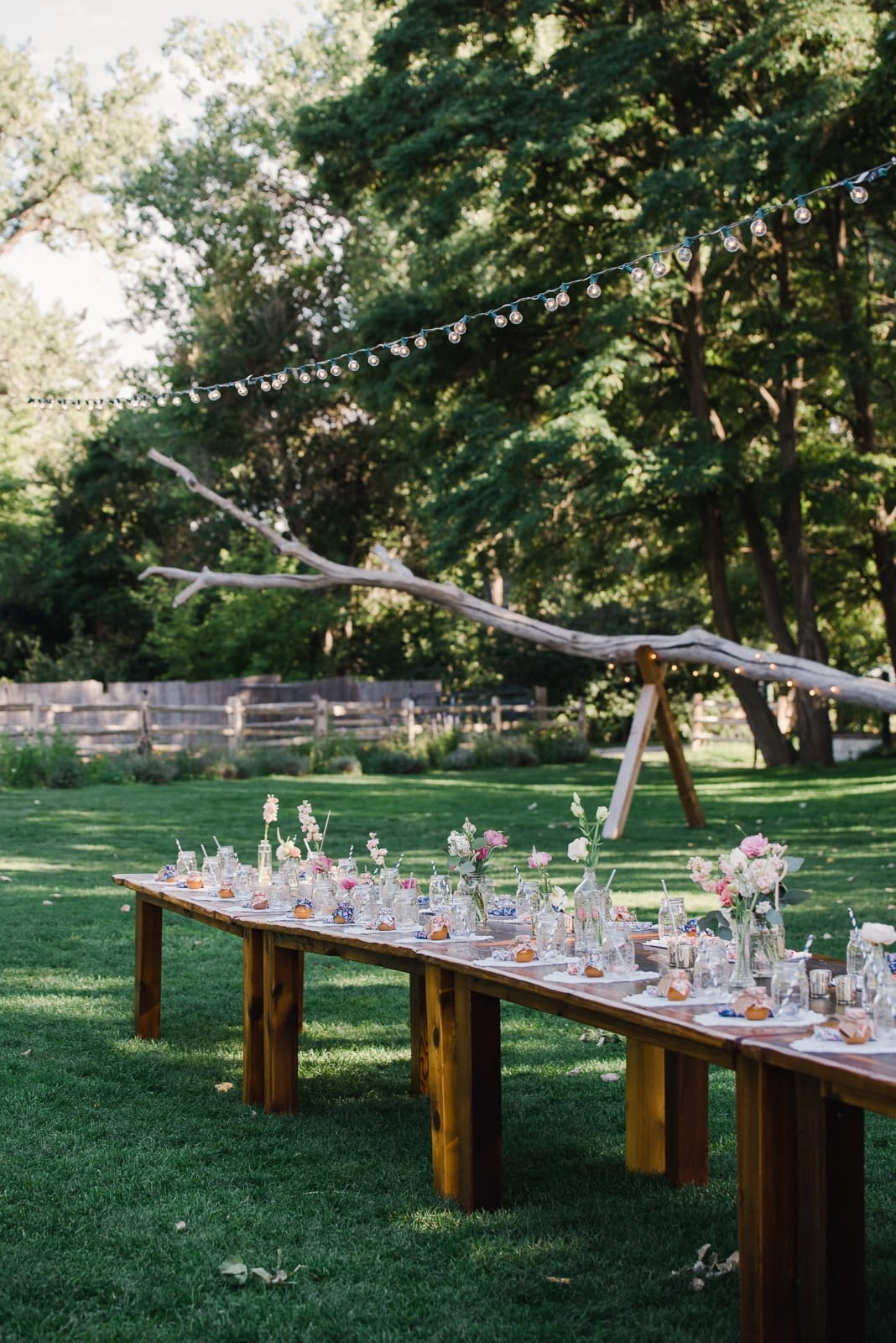Rustic wedding style at Lyons Farmette in Colorado by Josie V Photography