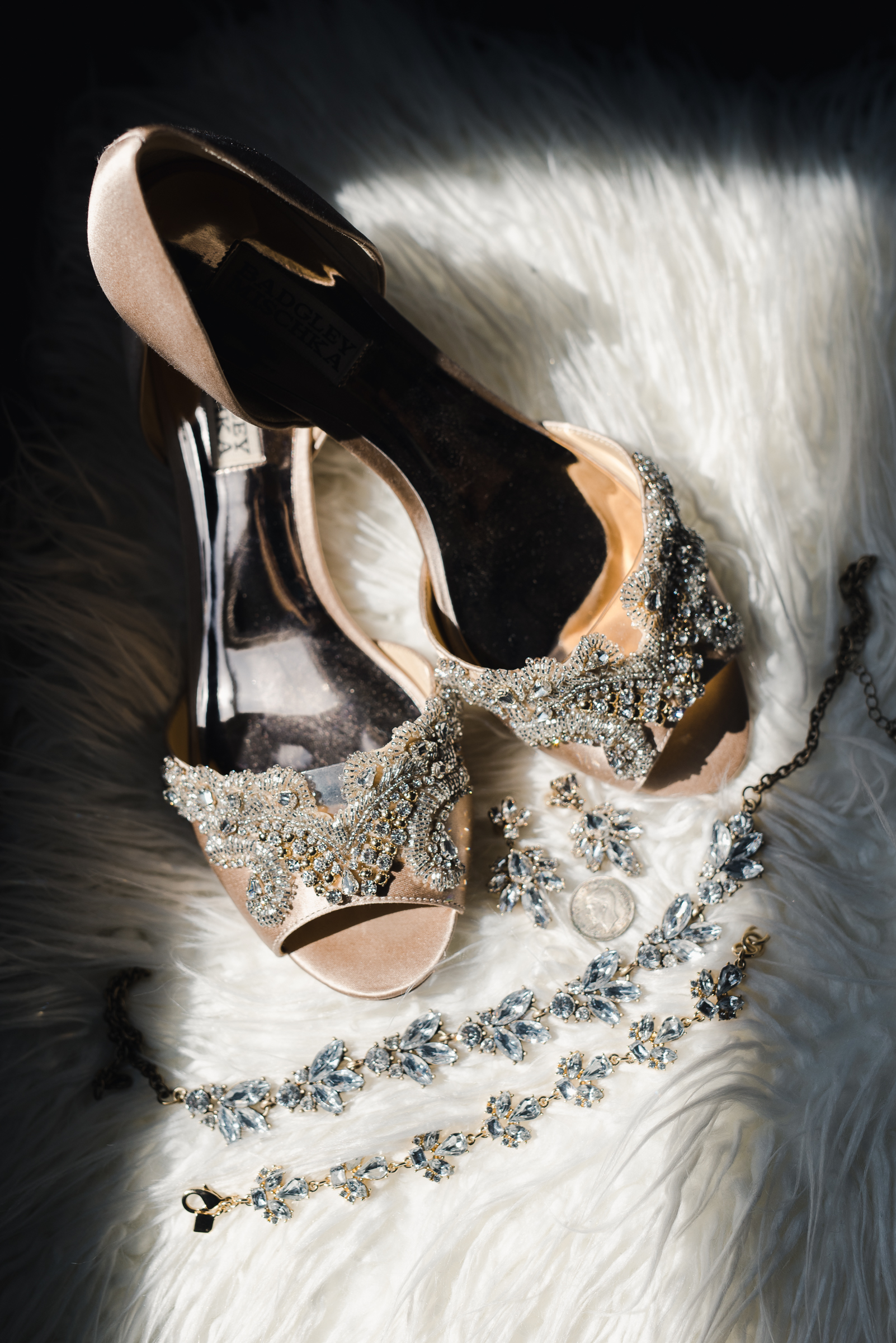 Wedding Shoe and jewelry details | Josie V Photography