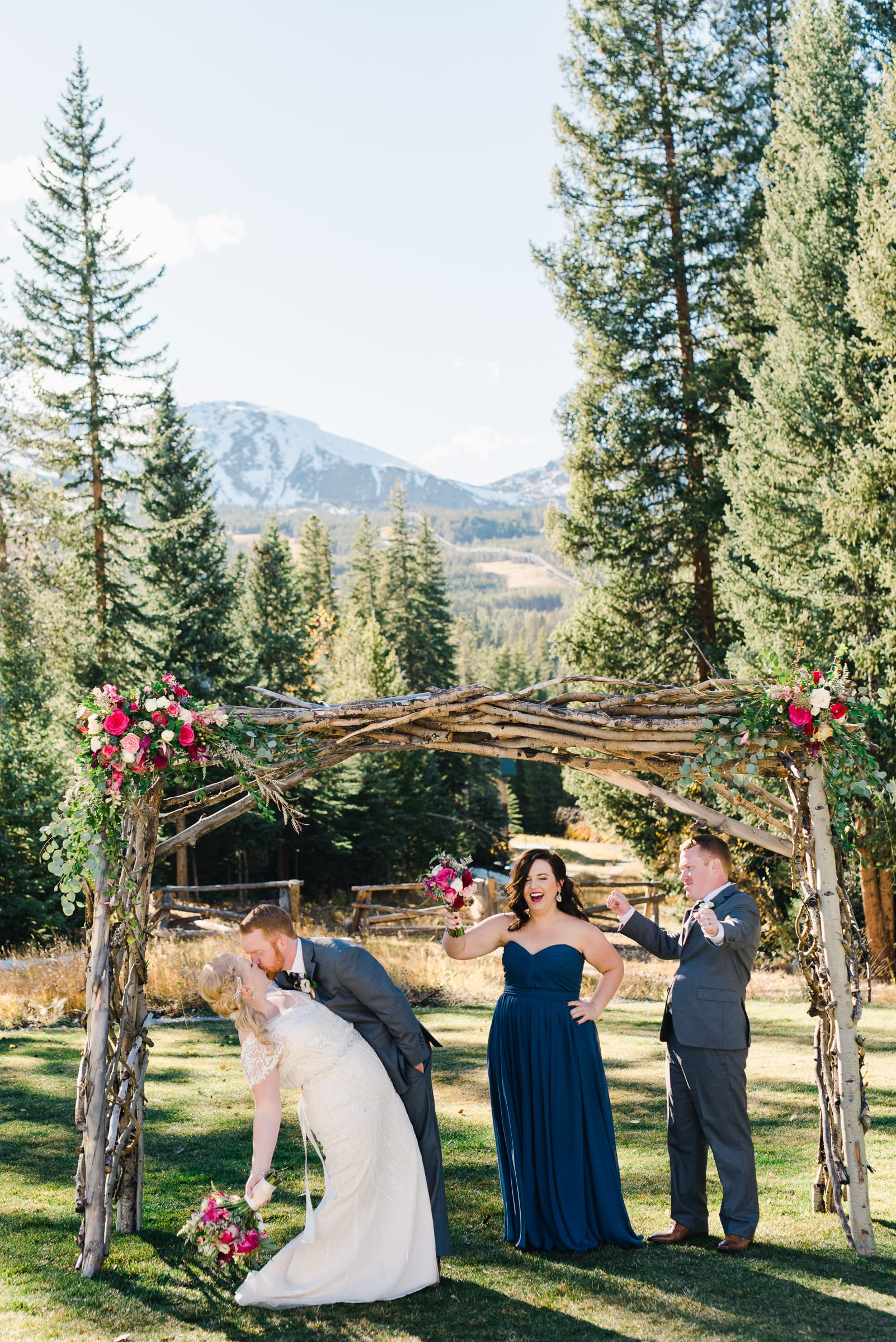 Fun Wedding Party Photos | Josie V Photography