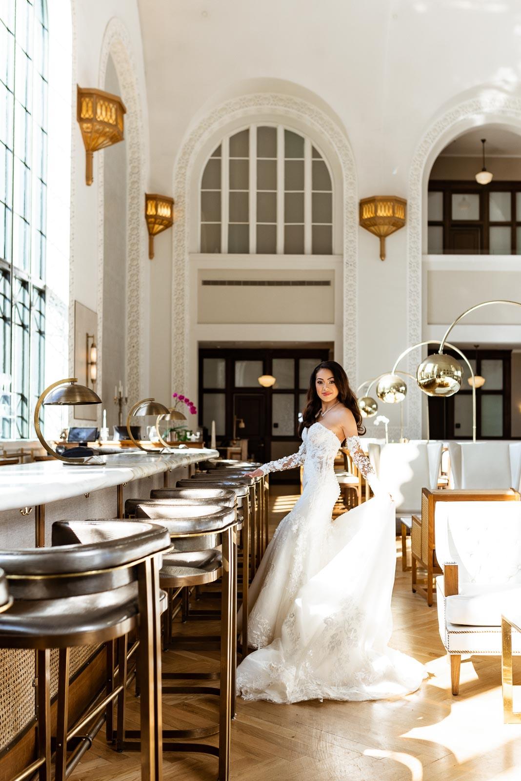 Glamorous Bride Photos | Josie V Photography
