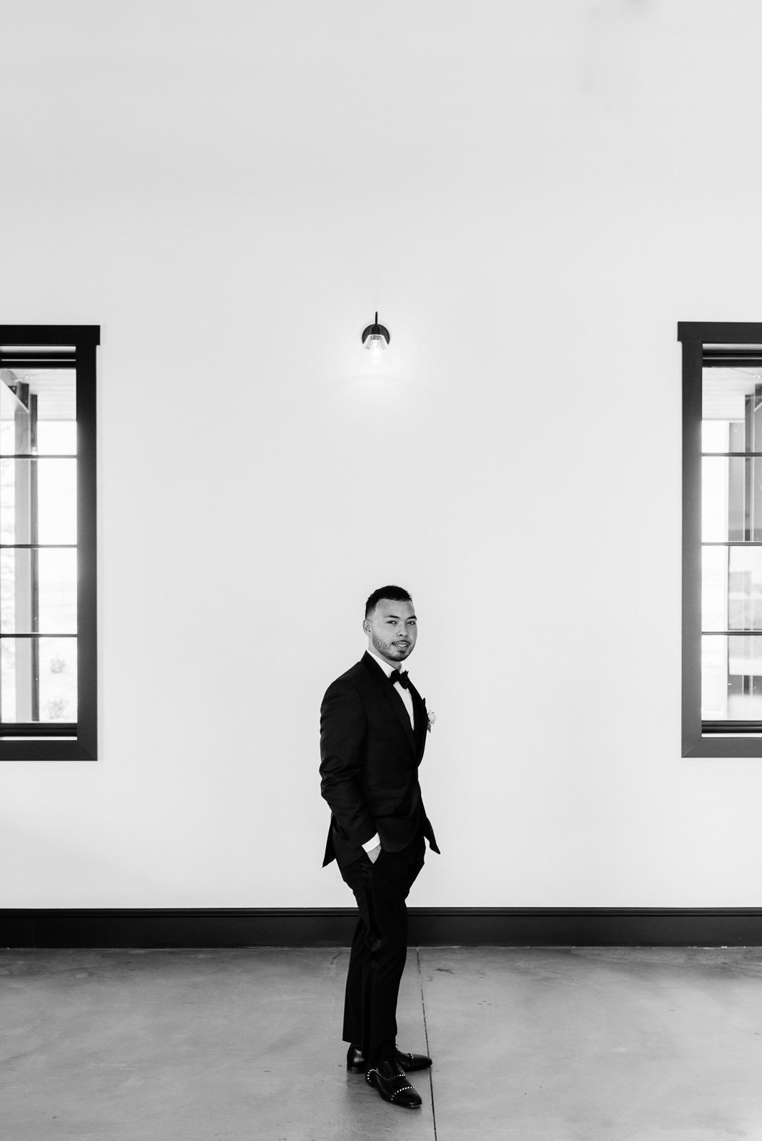 Elegant Groom Portrait | Josie V Photography