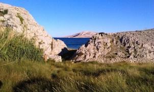 Way to Metajna beach