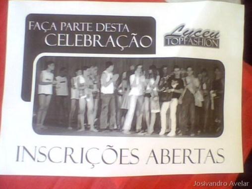O cartaz do evento desse ano, mostrando como é que foi a entrega da faixa do ano passado.