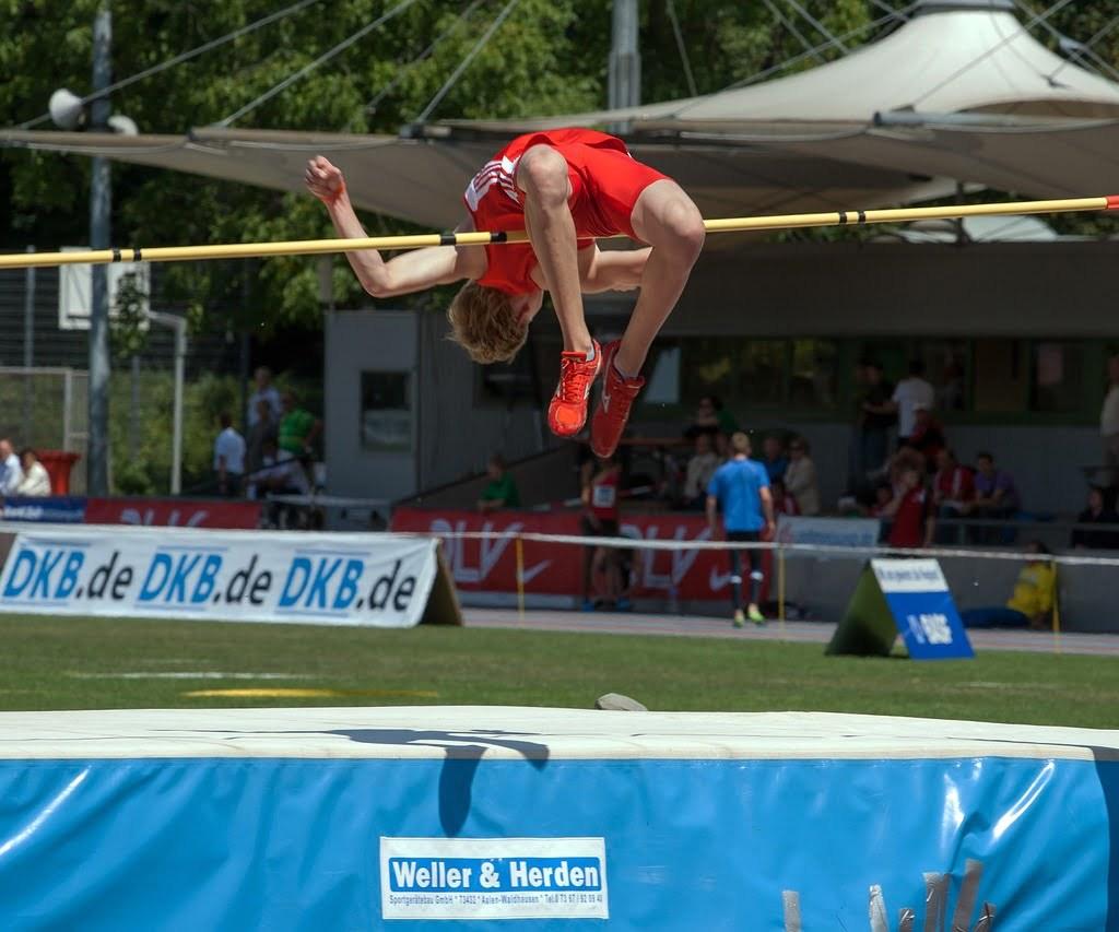 Esporte, atleta, salto em altura, sarrafo.