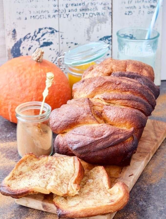 Pumpkin & Cinnamon Pull Apart Bread