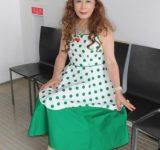 緑のドット模様ドレス