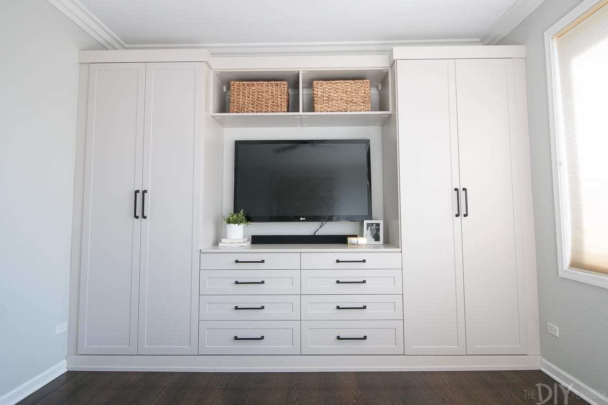 Best Master Bedroom Built Ins With Storage The Diy Playbook With Pictures