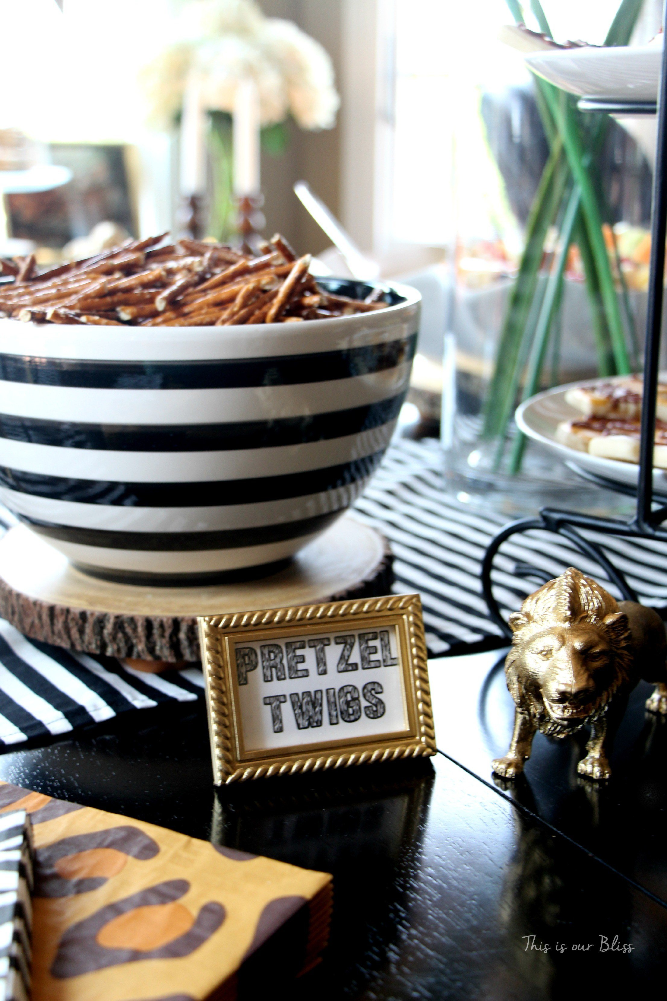 Best Safari Style Soiree Source List 2 Free Party Printables With Pictures
