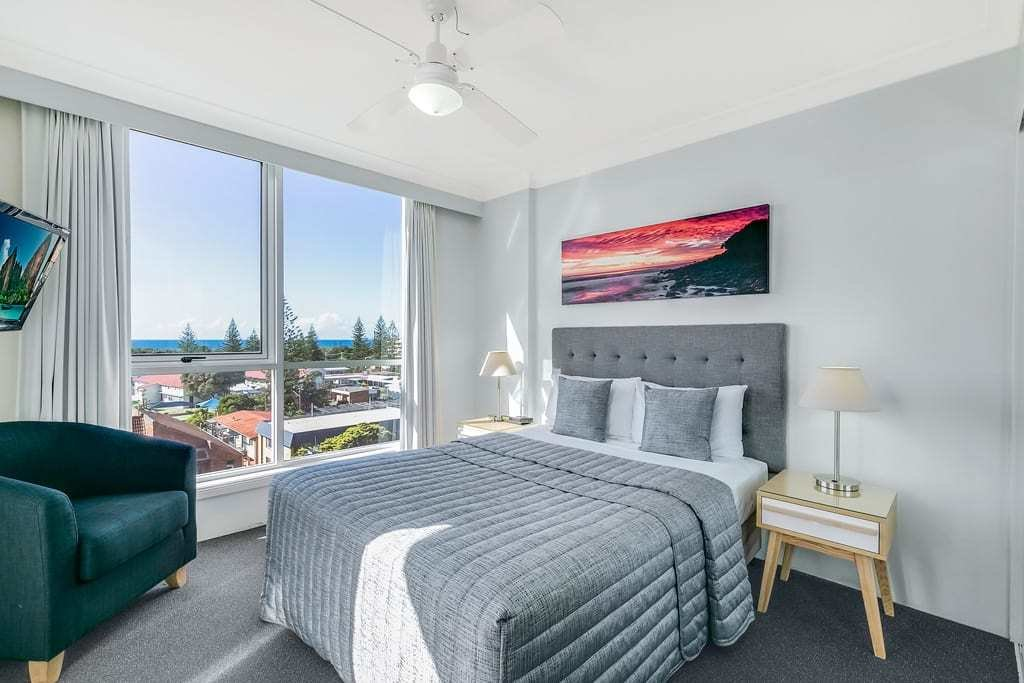 Best Holiday Apartments Gold Coast Bel Air On Broadbeach With Pictures