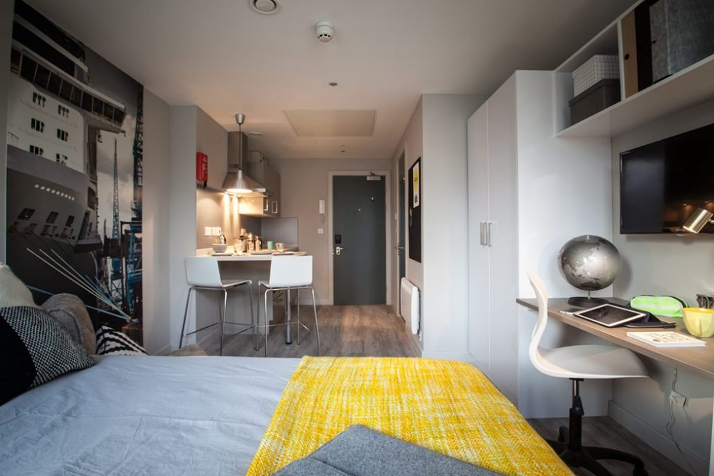 Best One Bedroom Apartment Southampton Www Indiepedia Org With Pictures