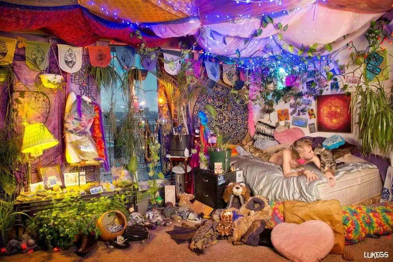Best Make Your Room Ethereal With A Psychedelic Tapestry With Pictures