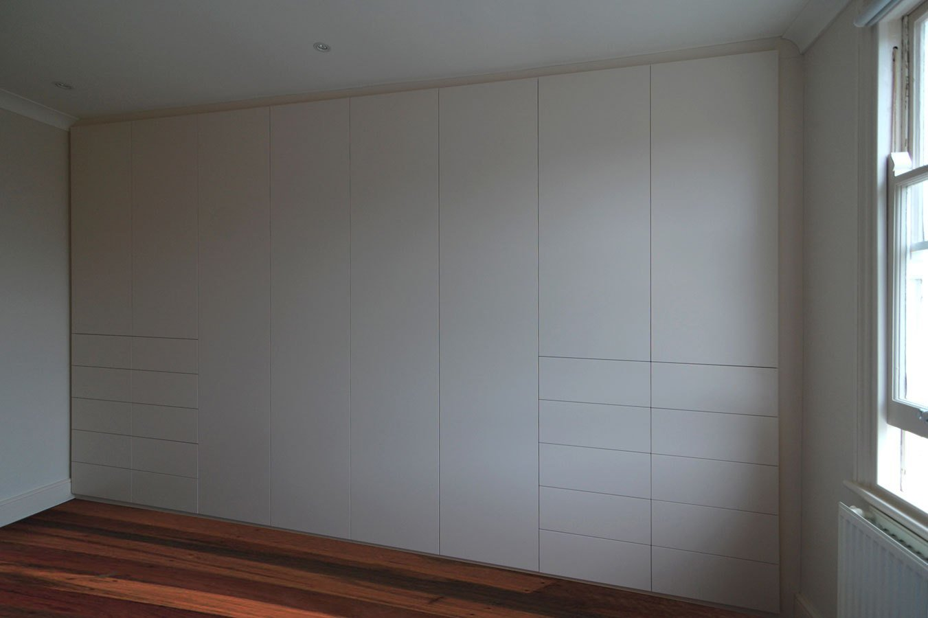Best Fitted Bedrooms Wardrobes Beds And Chests Of Drawers With Pictures