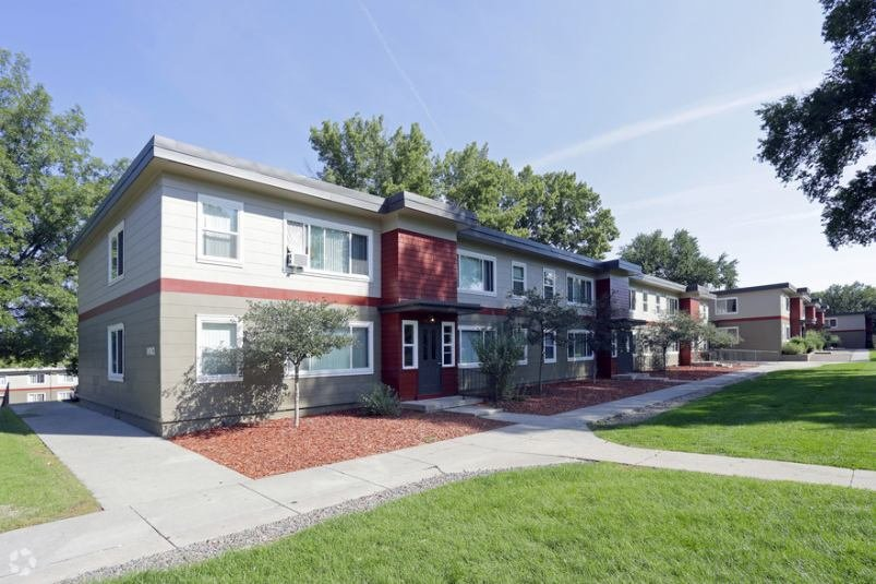 Best Awesome 4 Bedroom Houses For Rent In Colorado Springs 2 Exterior The Centre Apartments With Pictures