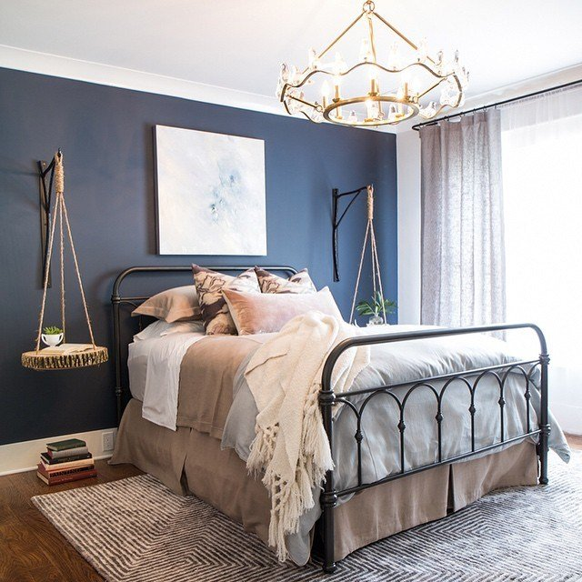 Best Benjamin Moore Hale Navy Bedroom Paint Interiors By Color With Pictures