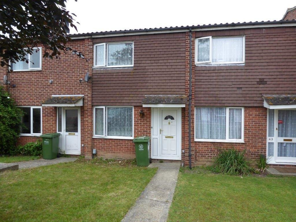 Best 2 Bed House Terraced To Rent Butterfly Drive With Pictures