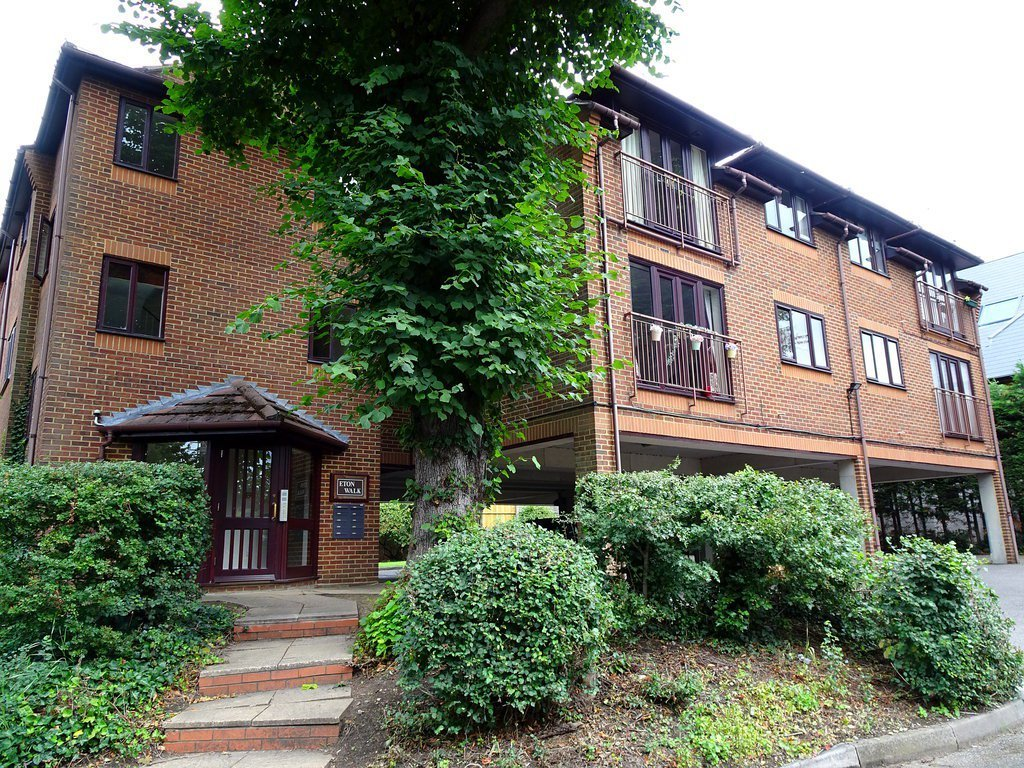 Best 1 Bed Apartment To Rent Eton Walk 2 Upton Park Slough With Pictures