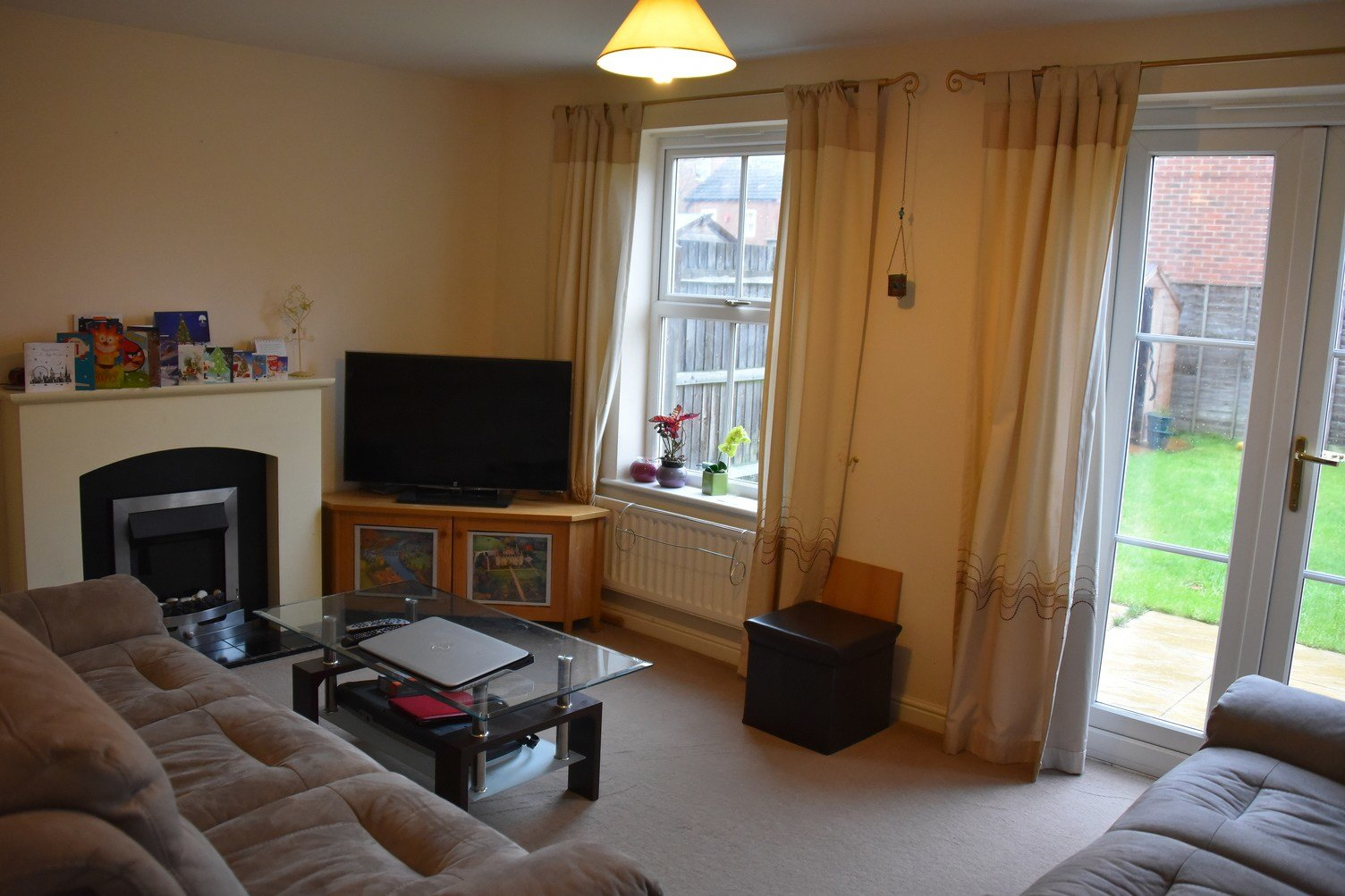 Best 3 Bed House Detached To Rent Shaw Gardens Langley With Pictures