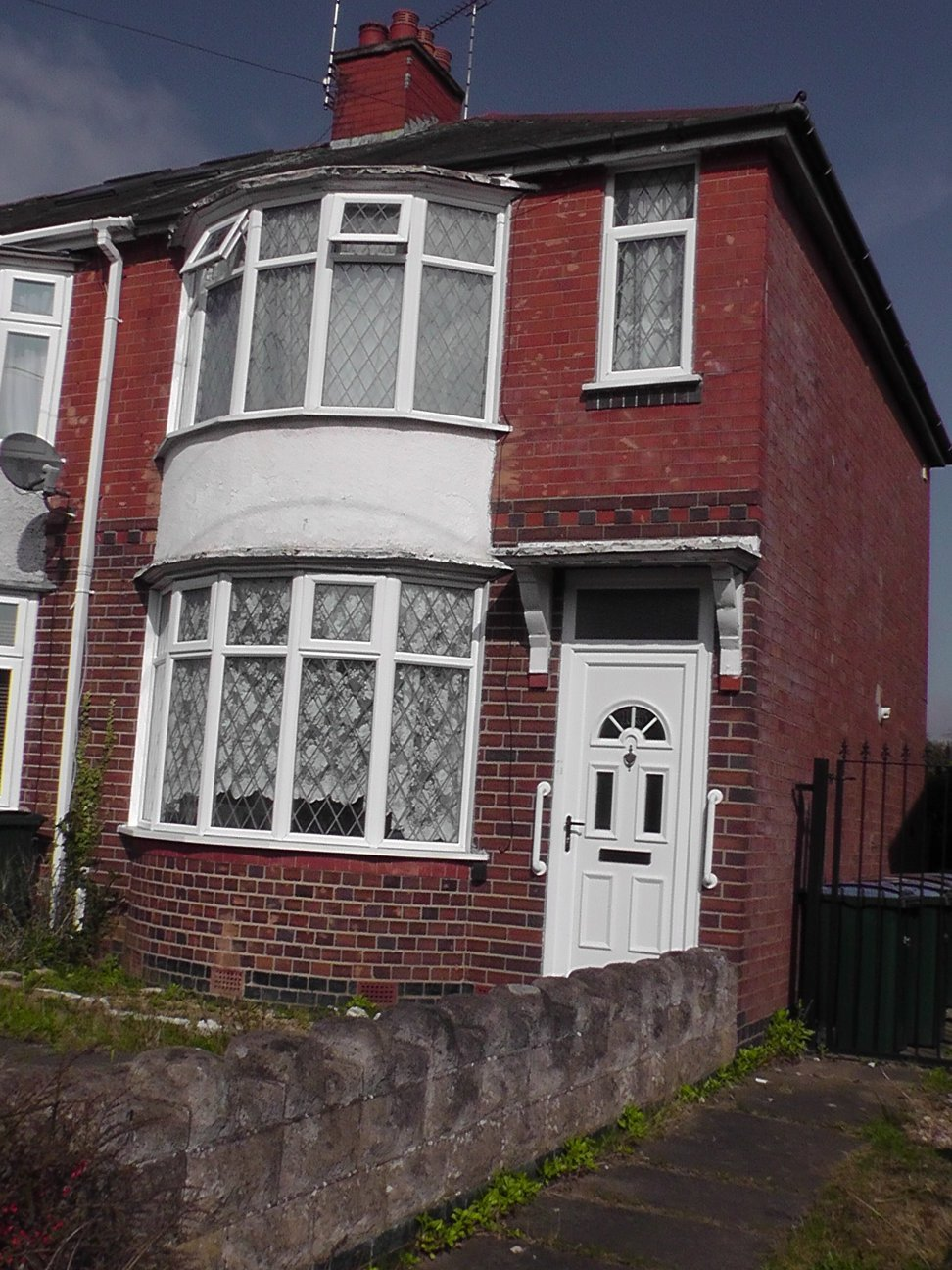 Best 2 Bed House End Of Terrace To Rent Anchorway Road With Pictures