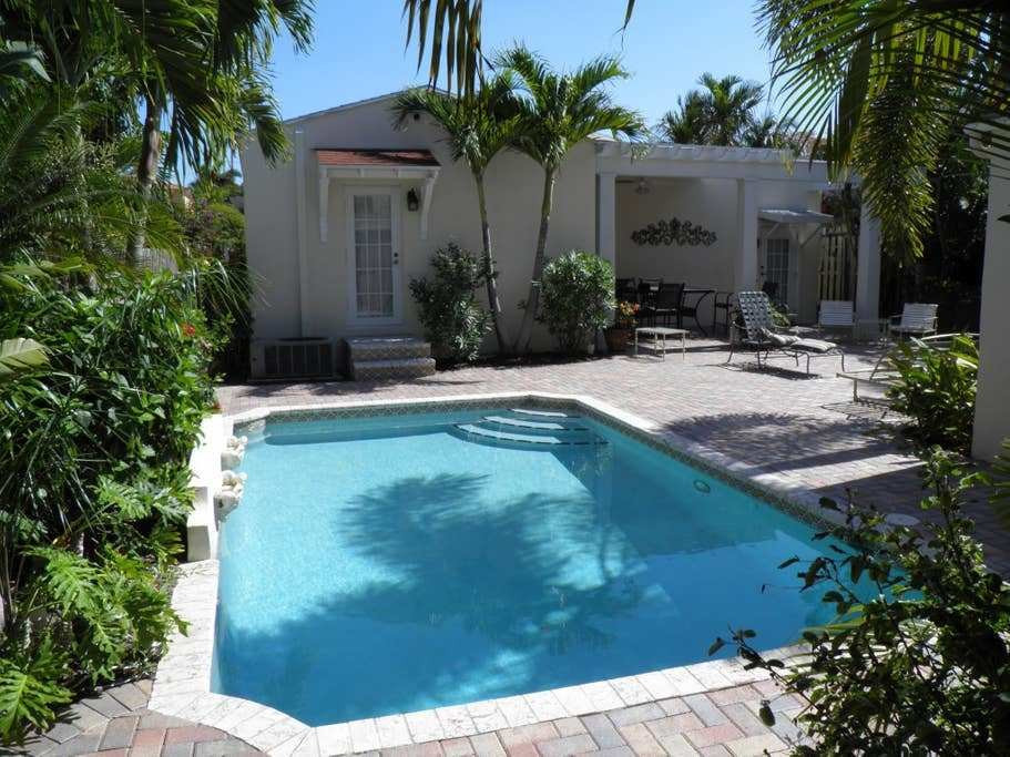 Best Mediterranean 2 Bedroom Home With Pool Houses For Rent With Pictures