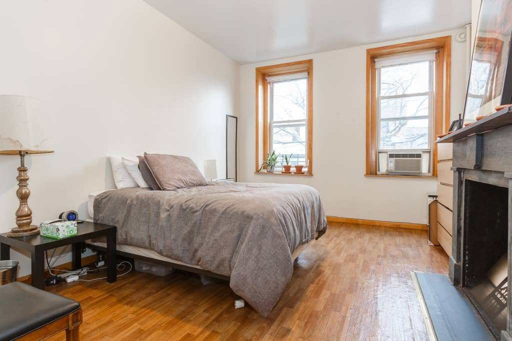 Best 1 Bedroom Railroad In Williamsburg Apartments For Rent With Pictures