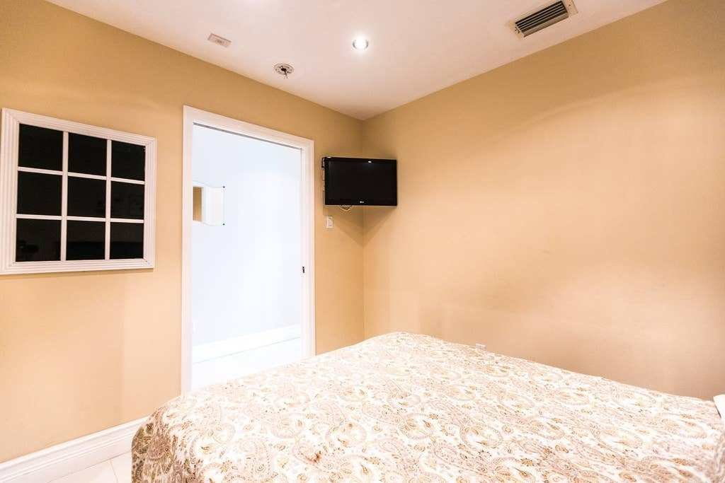 Best Castle Beach 1 Bedroom Apartments For Rent In Miami With Pictures